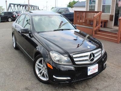 2012 Mercedes-Benz C-Class C300 4MATIC Luxury (Obsidian Black Metallic)