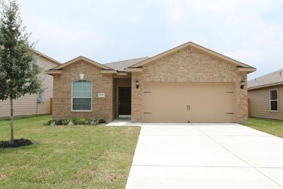 $177,900, 3br, Chef Ready Kitchens, Green Landscaped Yards, Huge Bedrooms