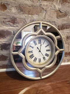 """Decorative Modern Mirrored Wall Clock. 15.25"""" R. Lightweight. Works Great. Uses 1 AA Battery."""