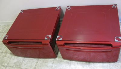 Pair Of LG Washer and Dryer Pedestals