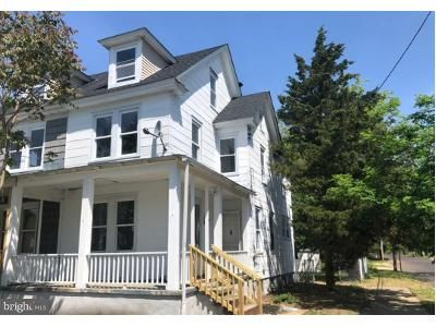 3 Bed 2 Bath Foreclosure Property in Millville, NJ 08332 - E Pine St