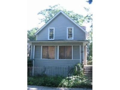 4 Bed 1.5 Bath Foreclosure Property in Chicago, IL 60651 - N Parkside Ave
