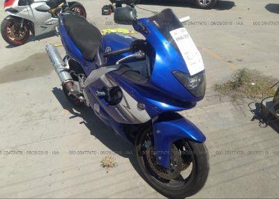 2004 YAMAHA YZF600
