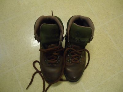 Ladies Timberland Hiking Boots Size 6 M