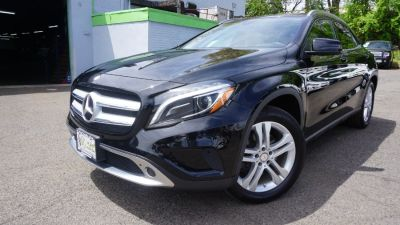 2015 Mercedes-Benz GLA-Class 4MATIC 4dr GLA250 (Night Black)
