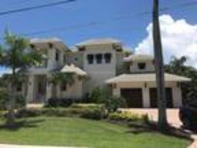 Real Estate For Sale - Four BR, 4 1/Two BA 2 story - Waterfront - Waterview -