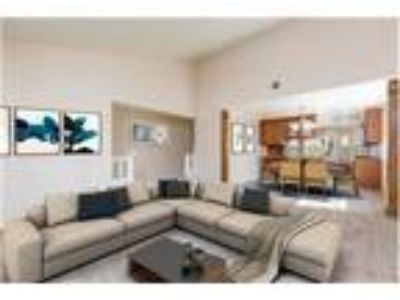 Simi Valley Single Story Deerwood Estates for Sale