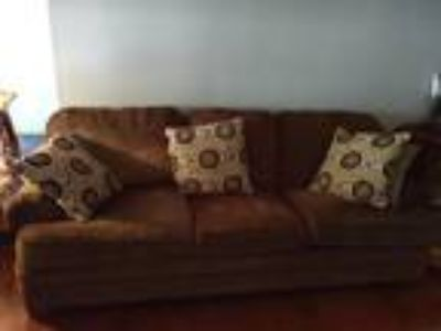 Couch, 2 recliner chairs