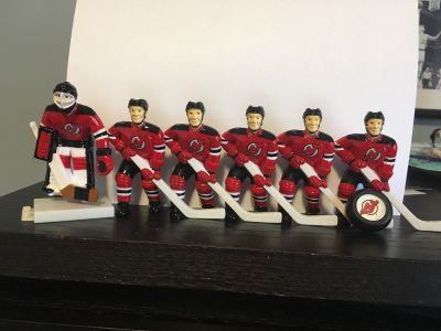 Looking for Wayne Gretzky Table Hockey Game players any team