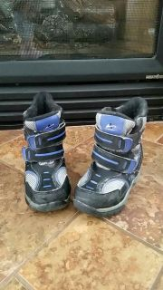 Size 9 toddler boys snow boots