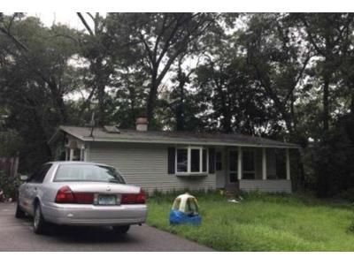 3 Bed 1 Bath Foreclosure Property in Georgetown, MA 01833 - Larch Rd