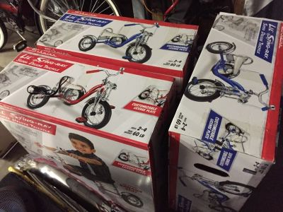 Kids schwinn deluxe tricycle new in box