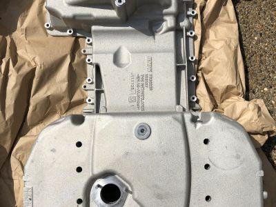 E9x BMW M3 oil pan