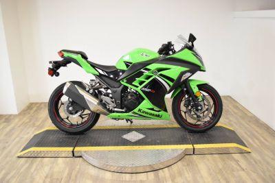 2014 Kawasaki Ninja 300 ABS SE Sport Motorcycles Wauconda, IL