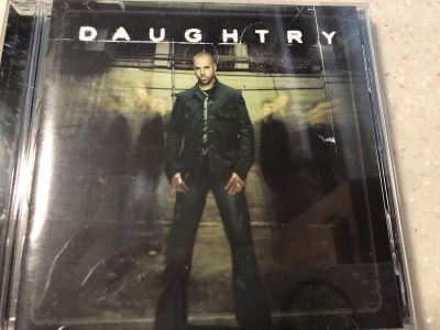 Daughtry CD & case