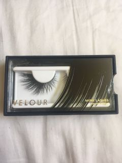 BRAND-NEW Velour Mink Lashes In T Dot Oooh!