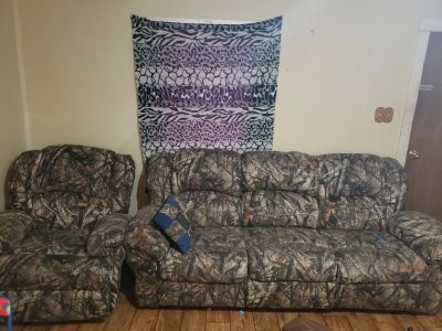 Camouflage couch and recliner