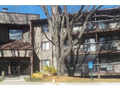 1 Bed 1 Bath Foreclosure Property in Minneapolis, MN 55438 - W 101st St