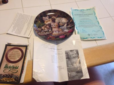 Collectible Plate with cats