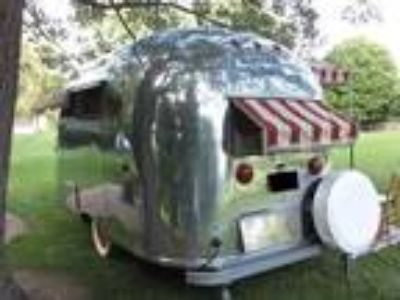 1960 Airstream 16ft Pacer