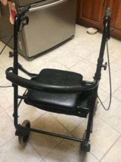Sturdy Rolling Walker with Seat/Storage