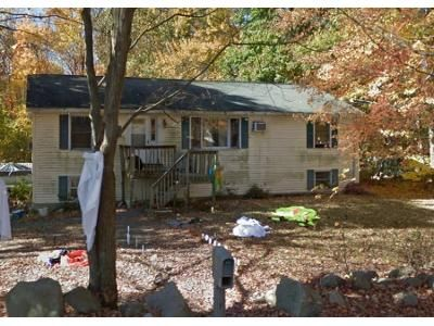 3 Bed 2 Bath Foreclosure Property in East Hampton, CT 06424 - N Maple St