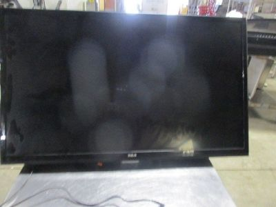 "42"" RCA TV RTR# 8123855-32"