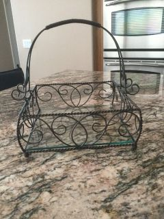 Southern Living at Home Jamestown Centerpiece