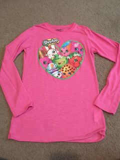 Shopkins long sleeve shirt. In good condition. Size XL. Asking $3.