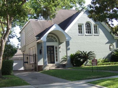 3605 PLUMB Street Houston Texas 77005