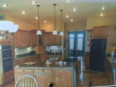*BEAUTIFUL* HIGH QUALITY ~ HAAS CUSTOM KITCHEN CABINETS,GRANITE,SOME A
