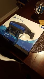 1tb ps4 slim and new controller