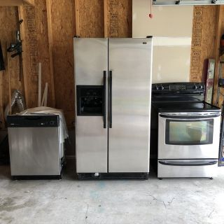 Kenmore Kitchen Appliances (suite of four-includes range hood, not shown in pictures
