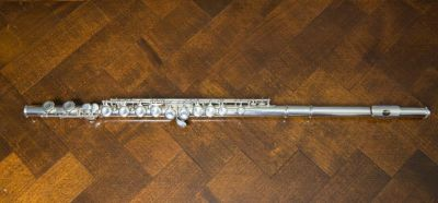Yamaha 225Sii Silver Flute *ALL NEW PADS* +Case & Cleaning Rod