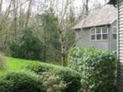 Lovely Forest Heights Townhome/ Opens to Greenspace/ Fireplace/ Attached Gar...