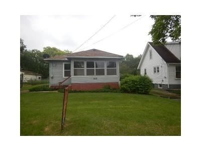 2 Bed 1 Bath Foreclosure Property in Jackson, MI 49203 - E South St