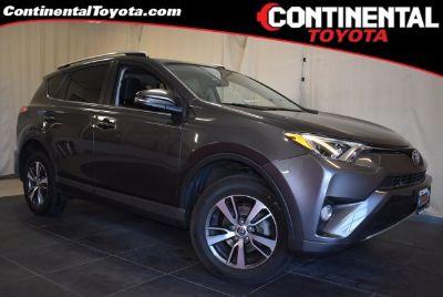 2016 Toyota RAV4 XLE (Magnetic Gray Metallic)