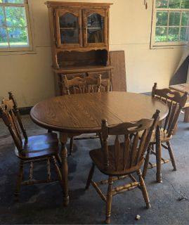 Table & Hutch & Chairs
