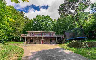 340 Old Federal Rd Talking Rock Five BR, Secluded home only