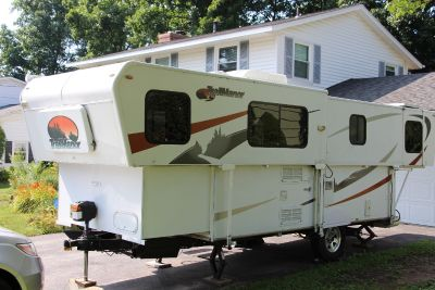 2009 Trailmanor 2720SD