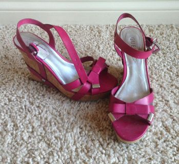 Shoes - Guess Wedges