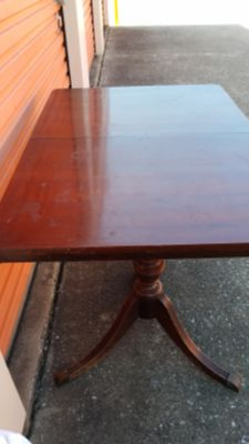Mahogany Kitchen Table & 3 Chairs