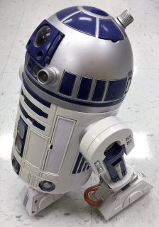 Star Wars R2D2 responds to voice commands