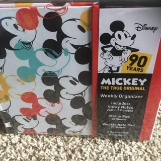 NEW 90th anniversary Mickey mouse weekly organizer