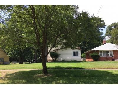5 Bed 2.0 Bath Preforeclosure Property in Bedford, OH 44146 - Archer Rd