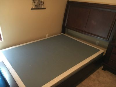 Queen Bed Set - nice condition