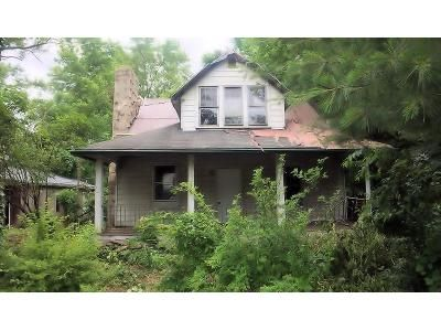 3 Bed 1 Bath Foreclosure Property in Logan, OH 43138 - State Route 664 N