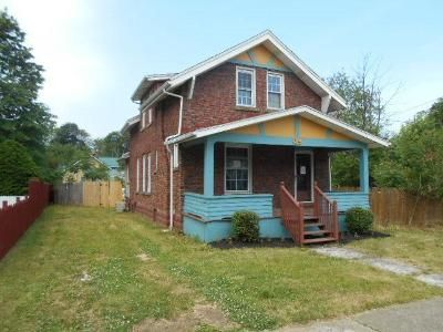 2 Bed 1 Bath Foreclosure Property in Erie, PA 16510 - Eastern Ave