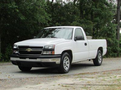 2006 Chevrolet Silverado 1500 Work Truck (White)