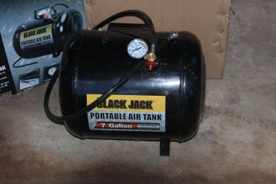 Portable 7 Gallon Air Tank